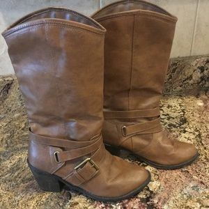 """Bongo Brown Boots 2"""" Heel, Size 6"""
